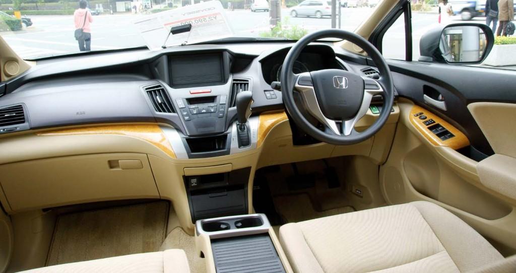Interior-design-Honda-Odyssey