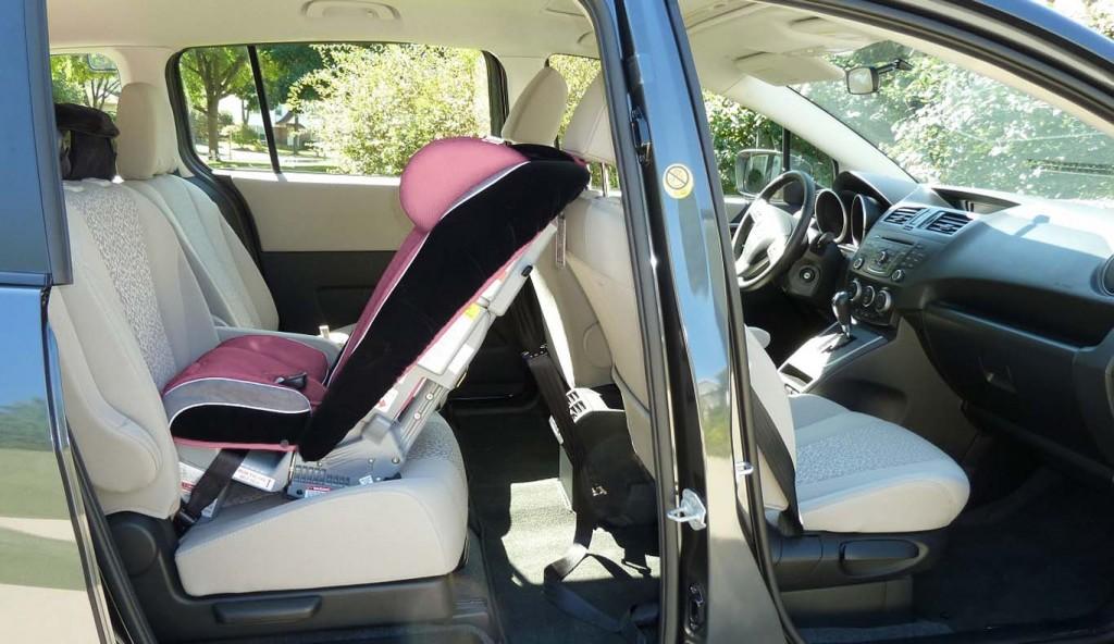Mazda5-storage-capacity
