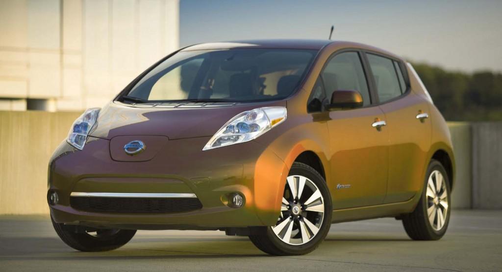 Nissan-Leaf-2015-best-economical-hatchback
