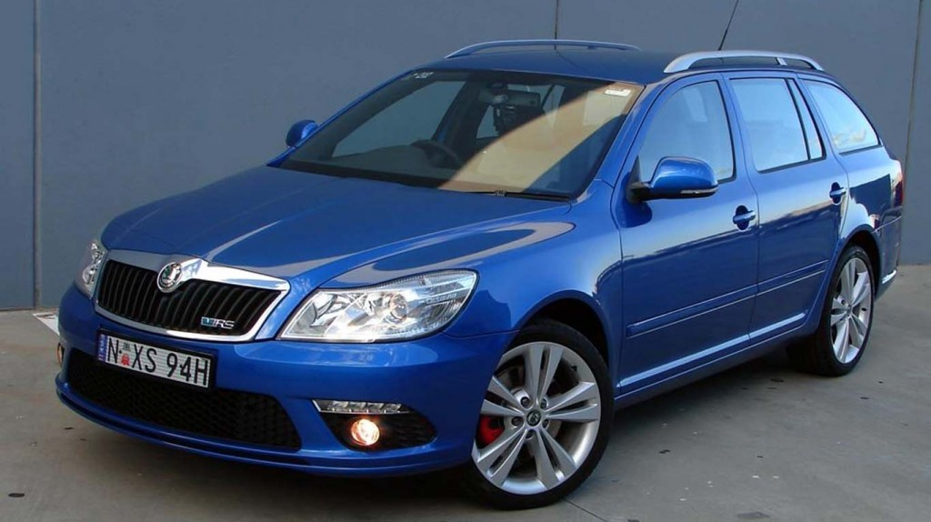 Fast Economical Cars Skoda-Octavia-vRs-TDI