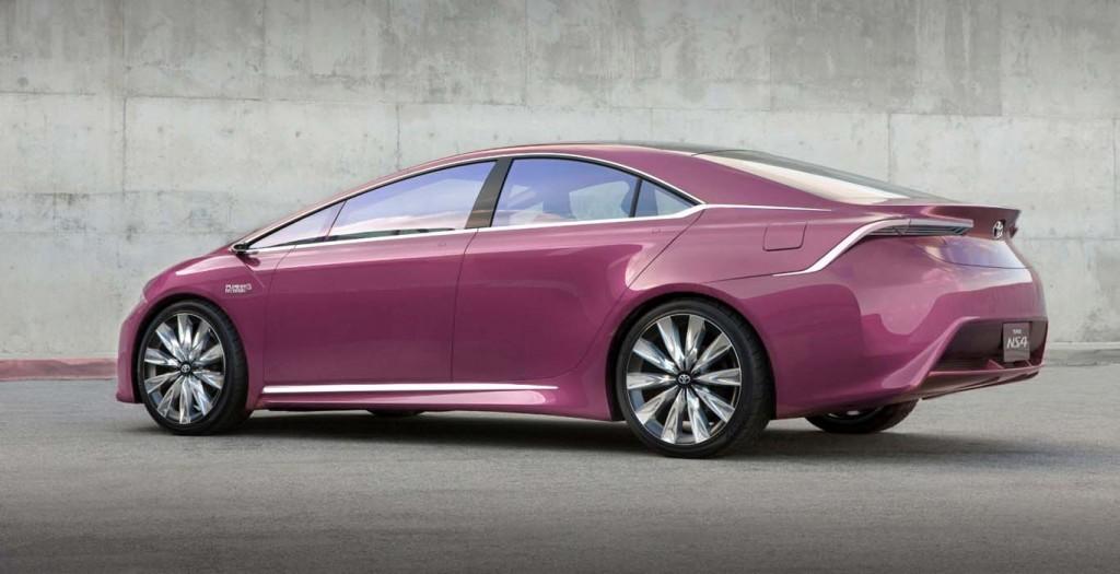 Toyota-Prius-2015