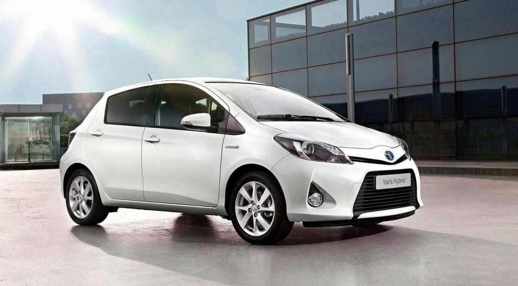 Economical Cars Toyota-Yaris-Hybrid