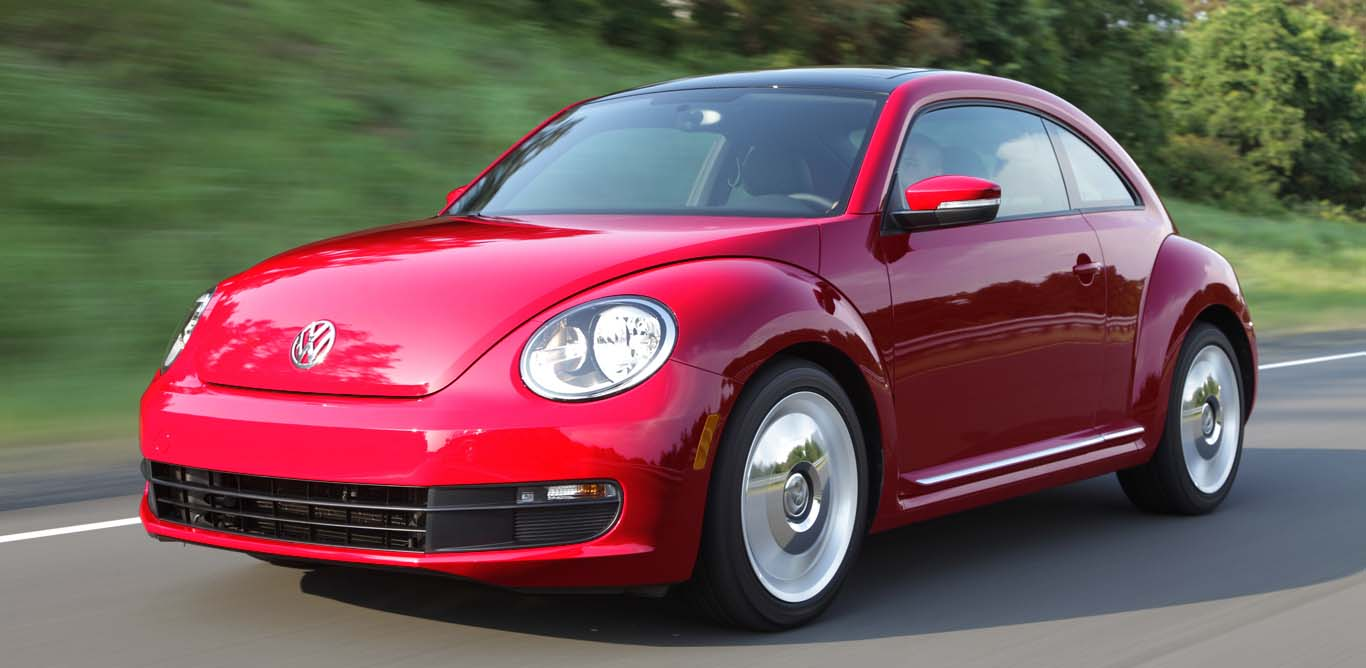 Volkswagen-Beetle-2015-best-fuel-efficient-hatchback