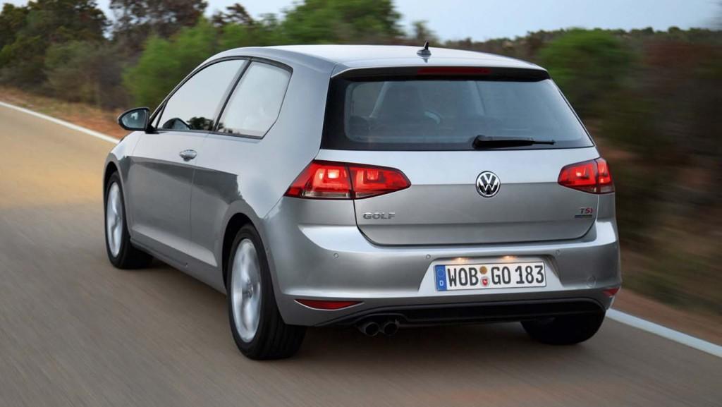 Volkswagen-Golf-2015-fuel-efficient-hatchback