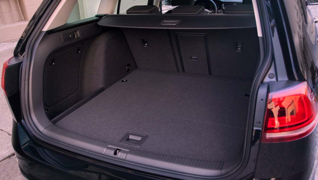 Volkswagen-Golf-2015-storage-sapce