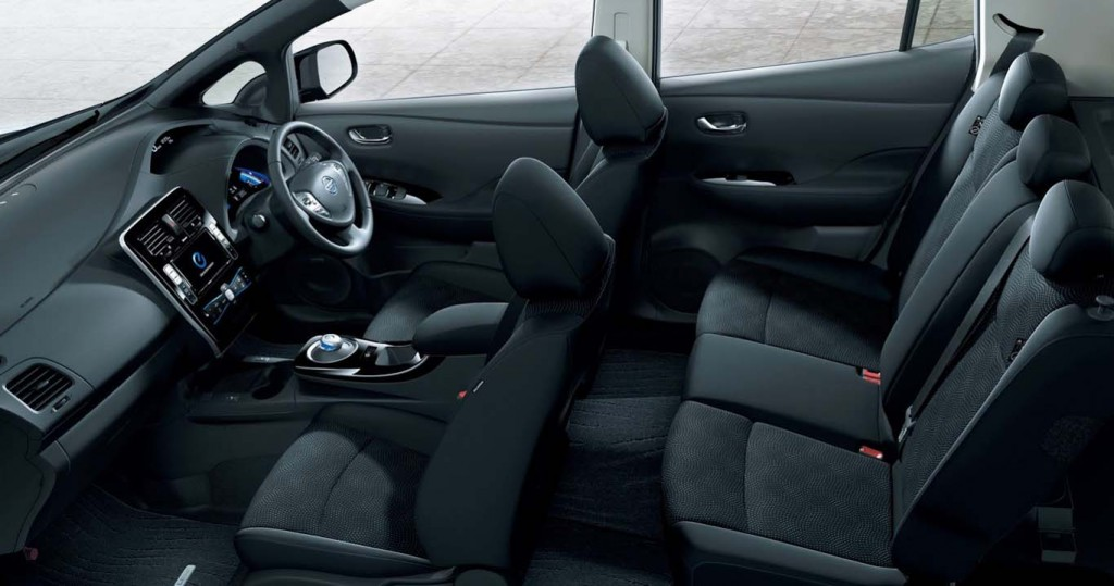 Nissan-Leaf-2015-most-fuel-efficient-hatchback-full-interior-look-and-seating