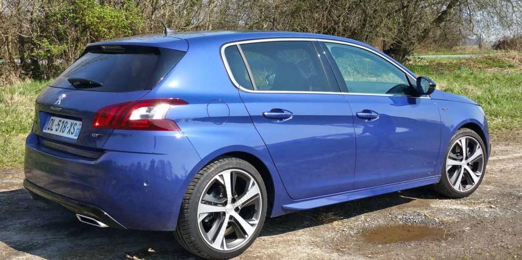 Peugeot-308-Blue-HDi-economical-cars