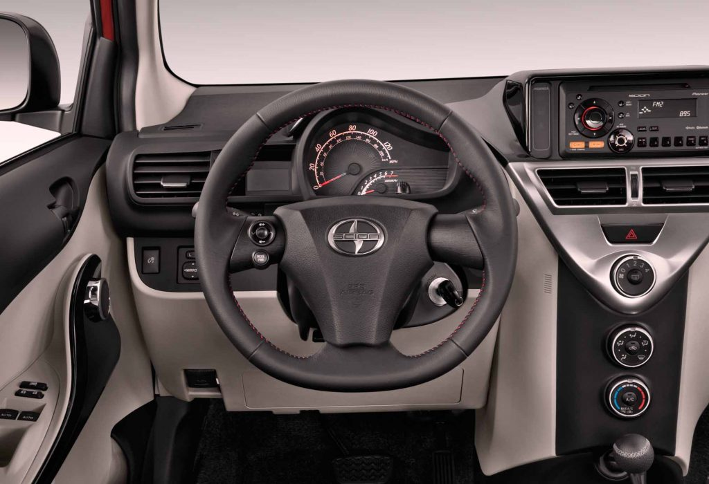 Scion iQ 36 interior view