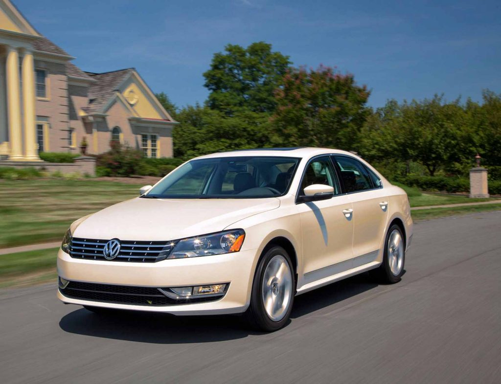 Fuel Efficient Non Hybrid Cars Volkswagen Passat TDI MT front look